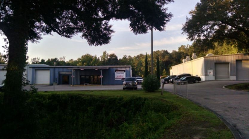 Dale Earnhardt Jr. Chevrolet Collision Center We are centrally located at Tallahassee, FL, 32304 for our guest's convenience and are ready to assist you with your collision repair needs.