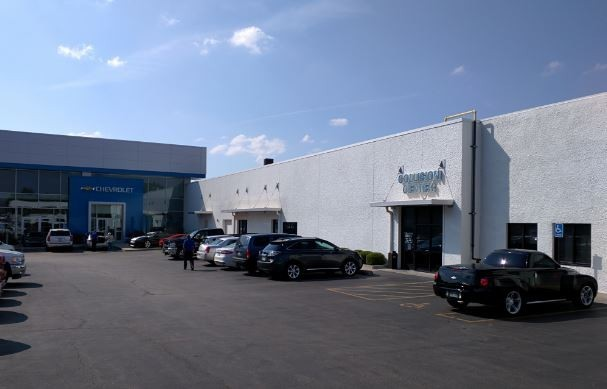 Hendrick Chevrolet Shawnee Mission - We are centrally located at Merriam, KS, 66202 for our guest's convenience and are ready to assist you with your collision repair needs.