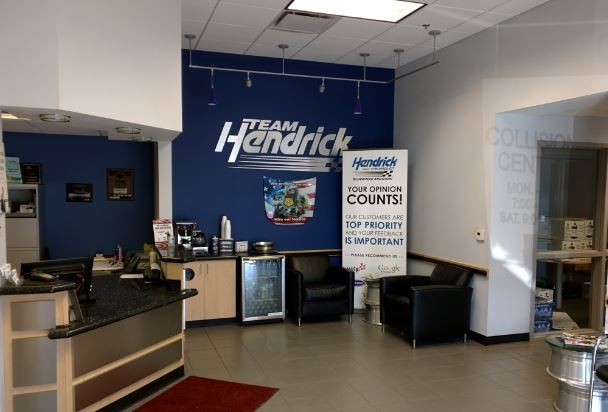 Hendrick Chevrolet Shawnee Mission - Our body shop's business office located at Merriam, KS, 66202 is staffed with friendly and experienced personnel.