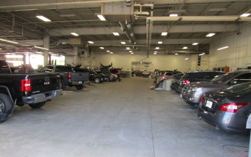 Hendrick Collision Center of Kansas City - We are a high volume, high quality, Collision Repair Facility located at Kansas City, MO, 64131. We are a professional Collision Repair Facility, repairing all makes and models.