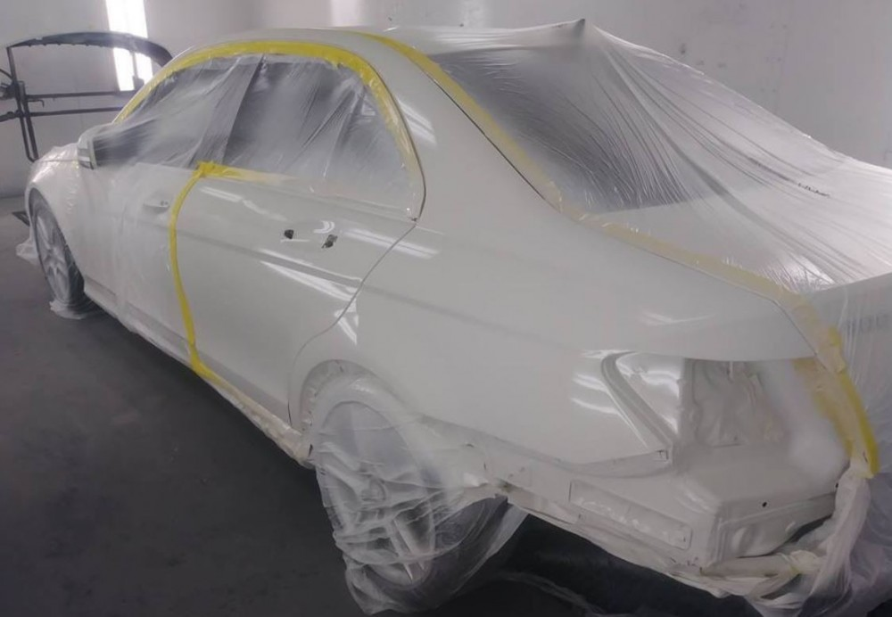 A clean and neat refinishing preparation area allows for a professional job to be done at Performance Collision Centers - Effingham, Effingham, SC, 29541.