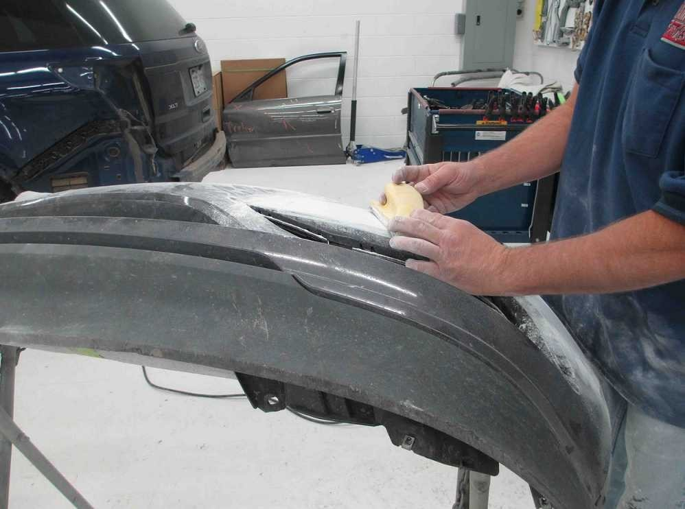 Professional preparation for a high quality finish starts with a skilled prep technician.  At Hamlin's Auto Body, in Fountain, CO, 80817, our preparation technicians have sensitive hands and trained eyes to detect any defects prior to the final refinishing process.