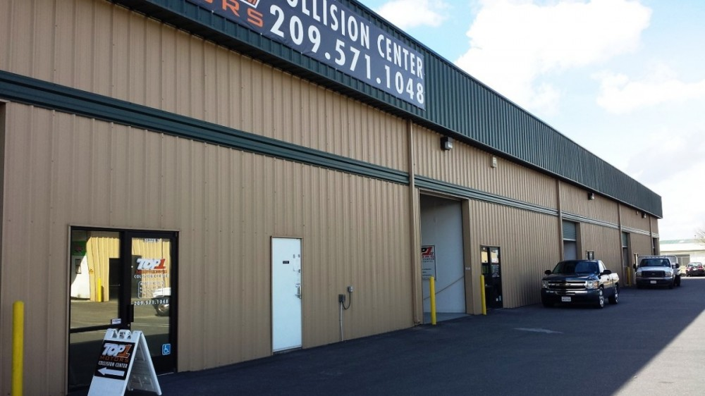 We at Fix Auto Modesto are centrally located at Modesto, CA, 95356 for our guest's convenience. We are ready to assist you with your collision repair needs.