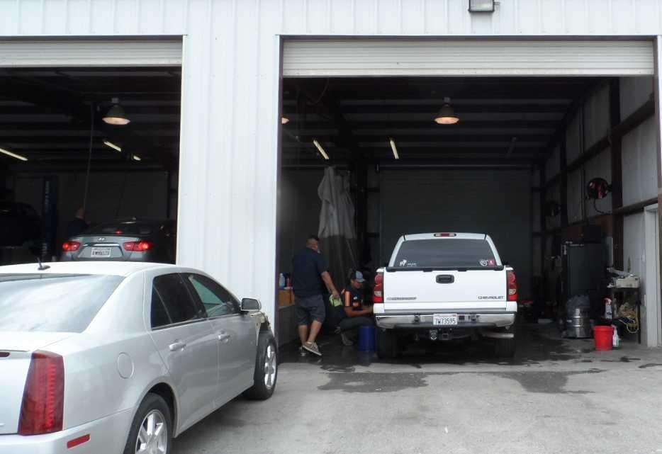 Imperial CA Tucker Auto Body & Towing, Inc. body shop reviews. Collision repair near 92251. Tucker Auto Body & Towing, Inc. for auto body repair.