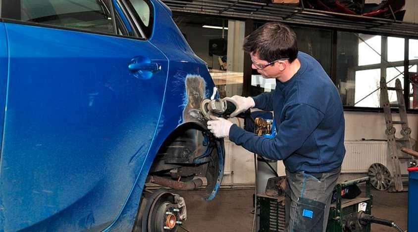 Atlas Body Shop 922 Carson Street  San Antonio, TX 78208 Auto Body and Painting Specialists. Collision Repair Experts.  Our technicians are highly skilled in metal finishing.