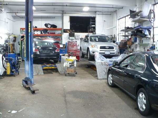 We are a high volume, high quality, Collision Repair Facility located at Mamaroneck, NY, 10543. We are a professional Collision Repair Facility, repairing all makes and models.
