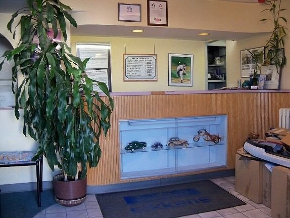 Our body shop's business office located at Mamaroneck, NY, 10543 is staffed with friendly and experienced personnel.