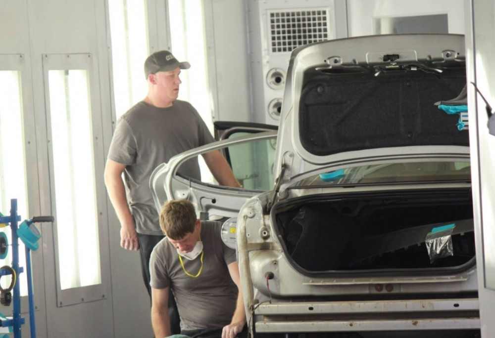 At Aerco Collision, in Altoona, WI, 54720, all of our body technicians are skilled at panel replacing.