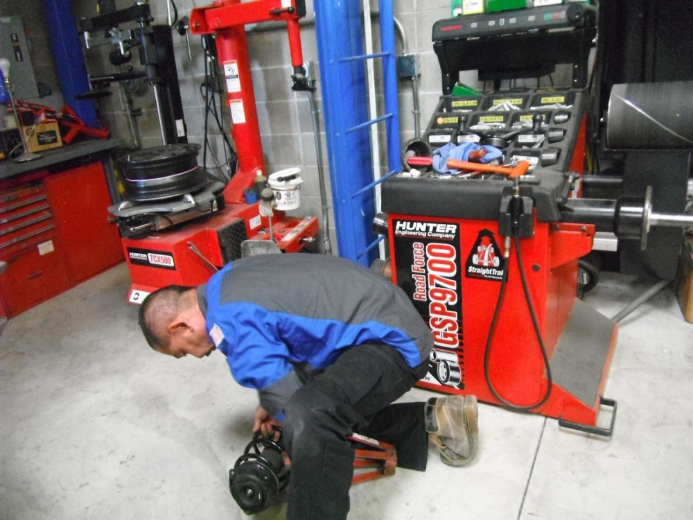 Here at Fix Auto Campbell, Campbell, CA, 95008, professional structural measurements are precise and accurate.  Our state of the art equipment leaves no room for error.