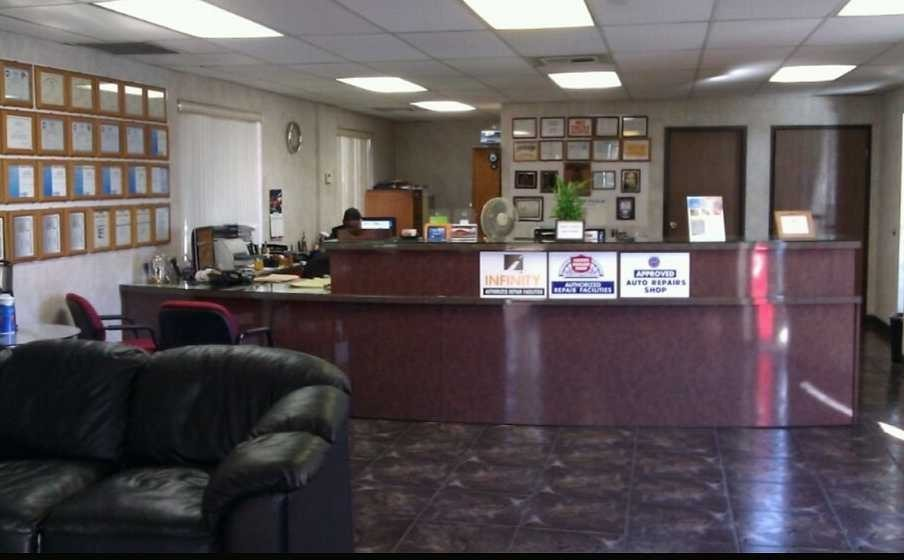 California Auto Center - Our body shop's business office located at La Habra, CA, 90631 is staffed with friendly and experienced personnel.