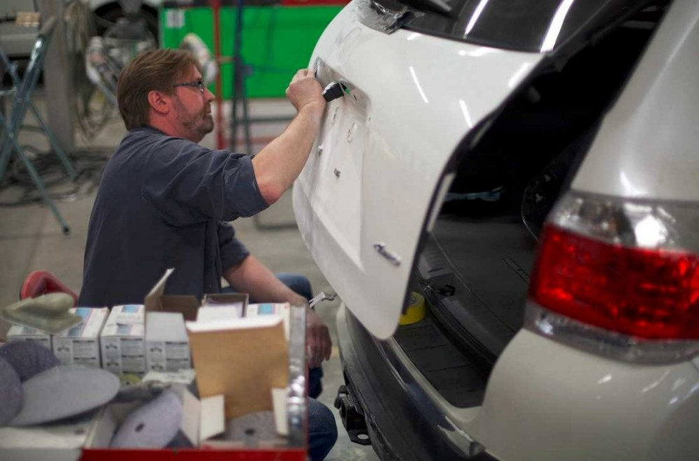 Professional preparation for a high quality finish starts with a skilled prep technician.  At Heppner's Auto Service Center Corporate, in Woodbury, MN, 55125, our preparation technicians have sensitive hands and trained eyes to detect any defects prior to the final refinishing process.