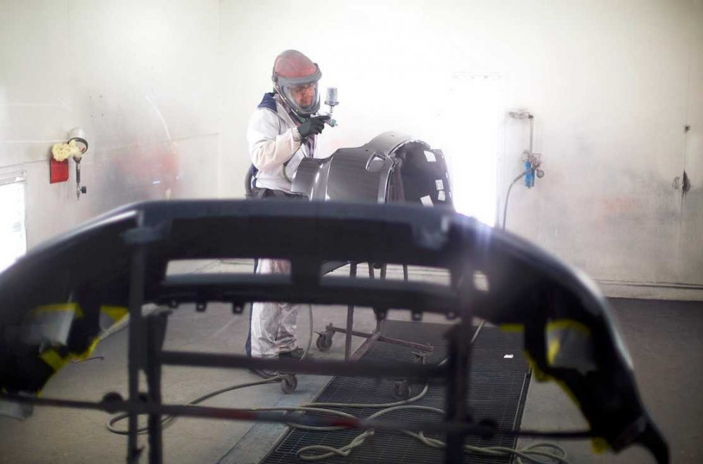 Painting technicians are trained and skilled artists.  At Heppner's Auto Service Center Corporate, we have the best in the industry. For high quality collision repair refinishing, look no farther than, Woodbury, MN, 55125.