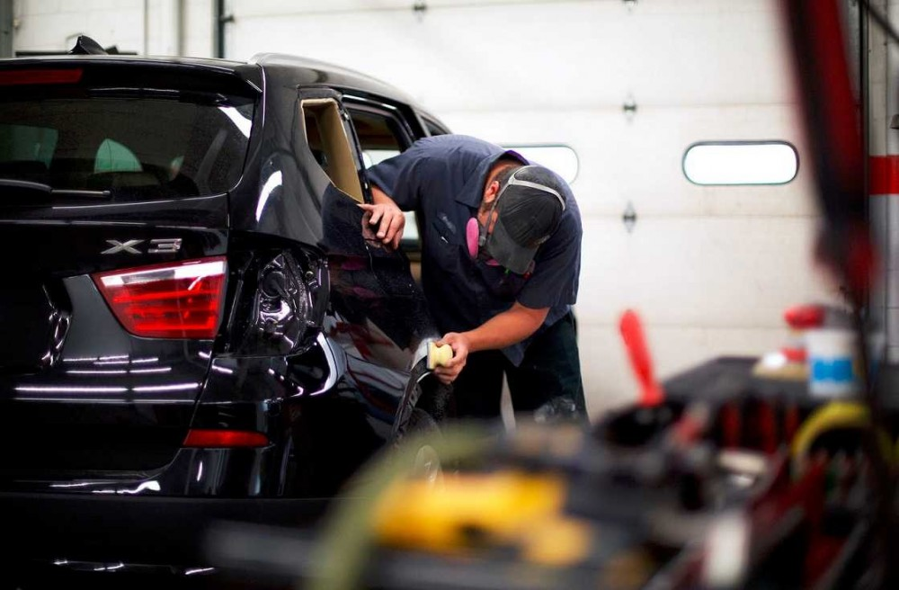 The color sand and buffing process is like putting the icing on a cake.  It just makes it better. These technicians are like jewelry polishers, they are an artist to their trade.  This process gives the vehicle's finish a mirror like feel and look.  At Heppner's Auto Service Center Corporate, Woodbury, MN, 55125, we have the best in our industry.