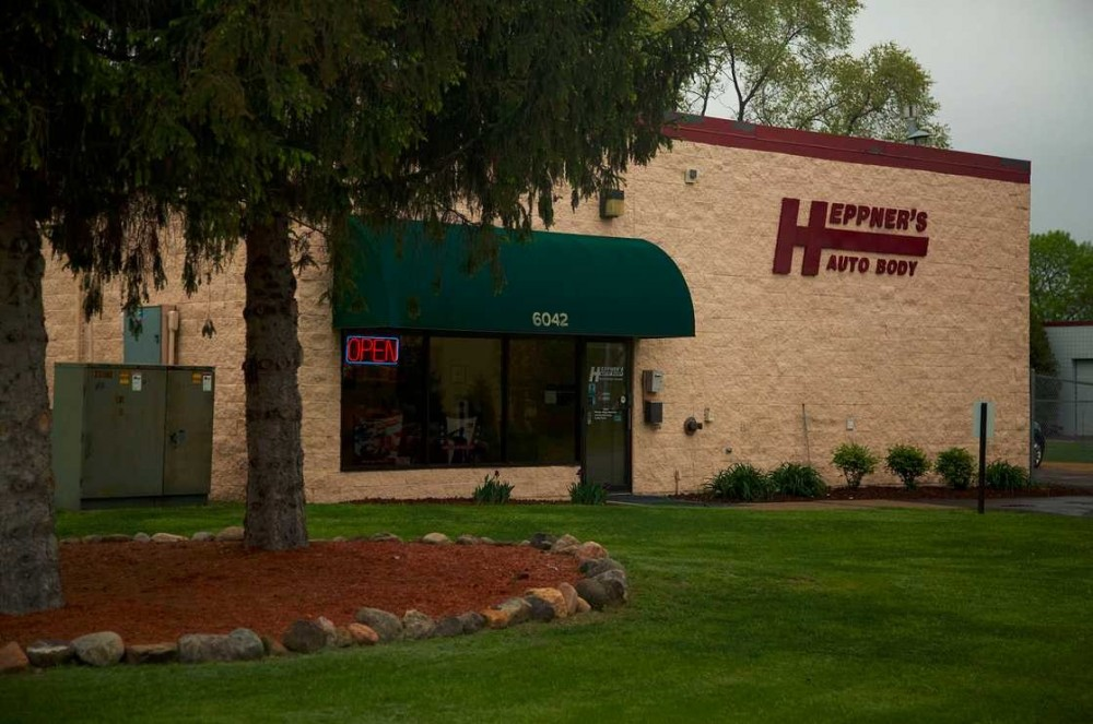 We are Centrally Located at Inver Grove Heights, MN, 55076 for our guest's convenience and are ready to assist you with your collision repair needs.
