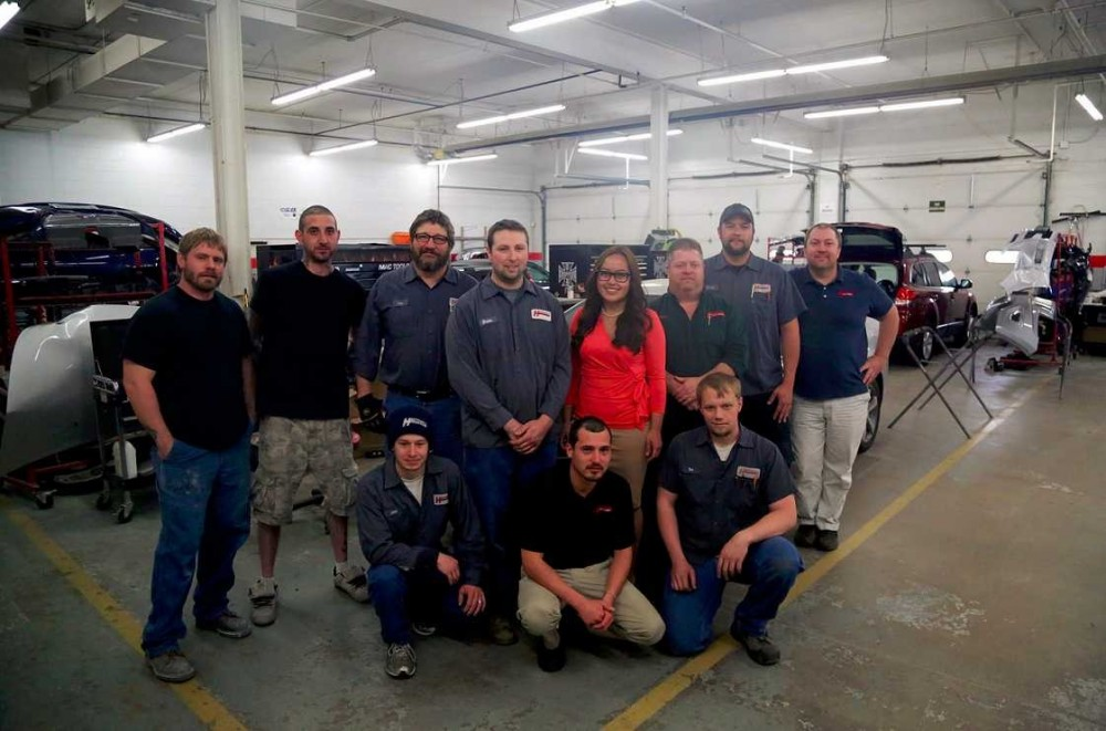 Friendly faces and experienced staff members at Heppner's Auto Service Center Corporate, in Woodbury, MN, 55125, are always here to assist you with your collision repair needs.