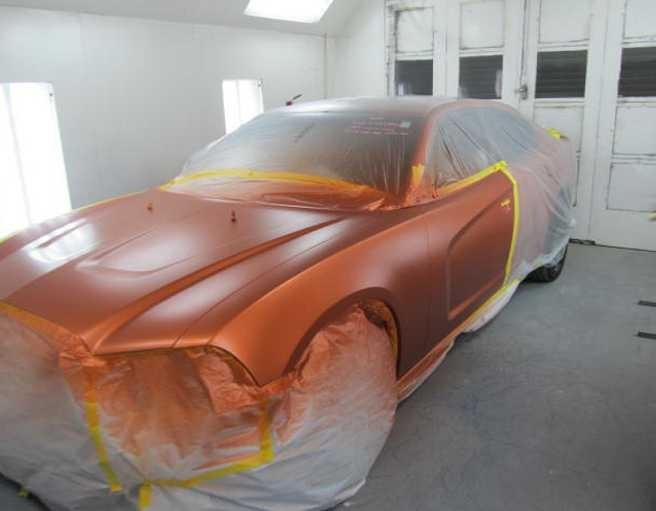 Painting technicians are trained and skilled artists.  At Frank's Armona Auto Body, we have the best in the industry. For high quality collision repair refinishing, look no farther than, Armona, CA, 93202.