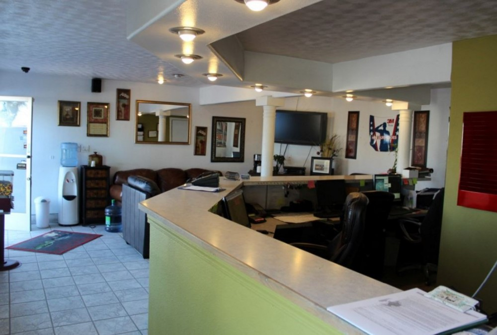 The waiting area at our body shop, located at Santa Maria, CA, 93454 is a comfortable and inviting place for our guests.
