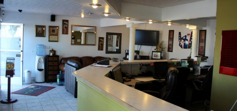 The waiting area at our body shop, located at Santa Maria, CA, 93458 is a comfortable and inviting place for our guests.