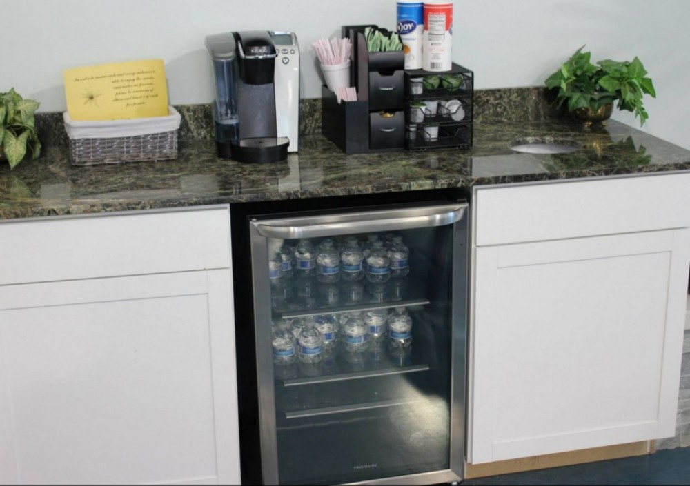 The waiting area at our body shop, located at Charleston, SC, 29414 has conveniences available for our guests.