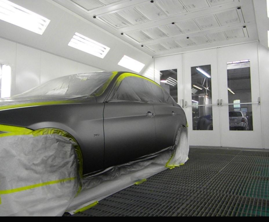 Painting technicians are trained and skilled artists.  At Quality Body & Fender, we have the best in the industry. For high quality collision repair refinishing, look no farther than, Oakland, CA, 94612-1114.