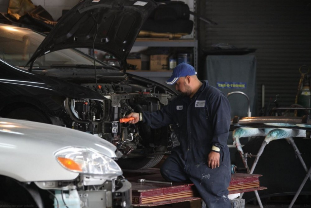 Here at Quality Body & Fender, Oakland, CA, 94612-1114, our body technicians are craftsmen in the art of metal straightening.