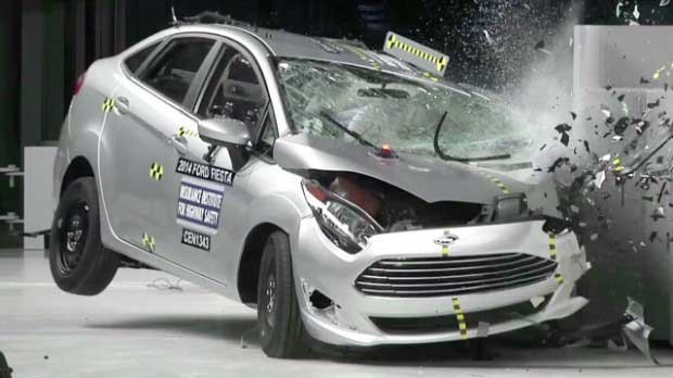 Inferior Auto body parts in a crash test