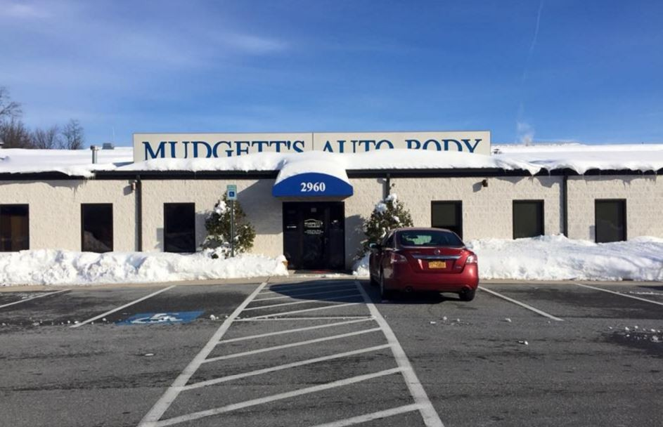 Mudgett's Auto Body are centrally located at Finksburg, MD, 21048 for our guest's convenience and are ready to assist you with your collision repair needs.