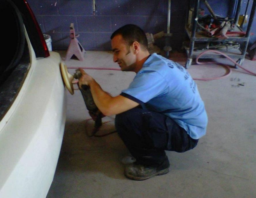 At Dan's Auto Collision, we color sand and polish all repaired exterior panels, giving them professional results that mirrors OEM finishes.
