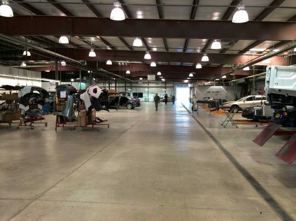 Need to get your car repaired? Car Crafters - Montaño has you covered! With years of experience and background knowledge, we are able to get you back on the road!