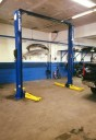Professional vehicle lifting equipment at Bronxville Auto Collision, allows our damage estimators a clear view of all collision related damages.