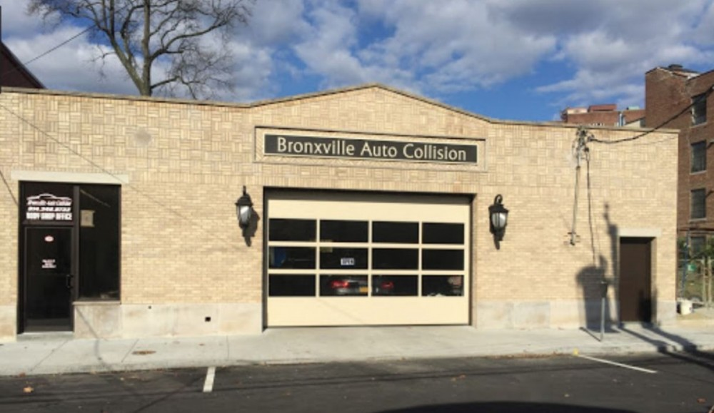 We are centrally located at Bronxville, NY, 10708 for our guest's convenience. We are ready to assist you with your collision repair needs.