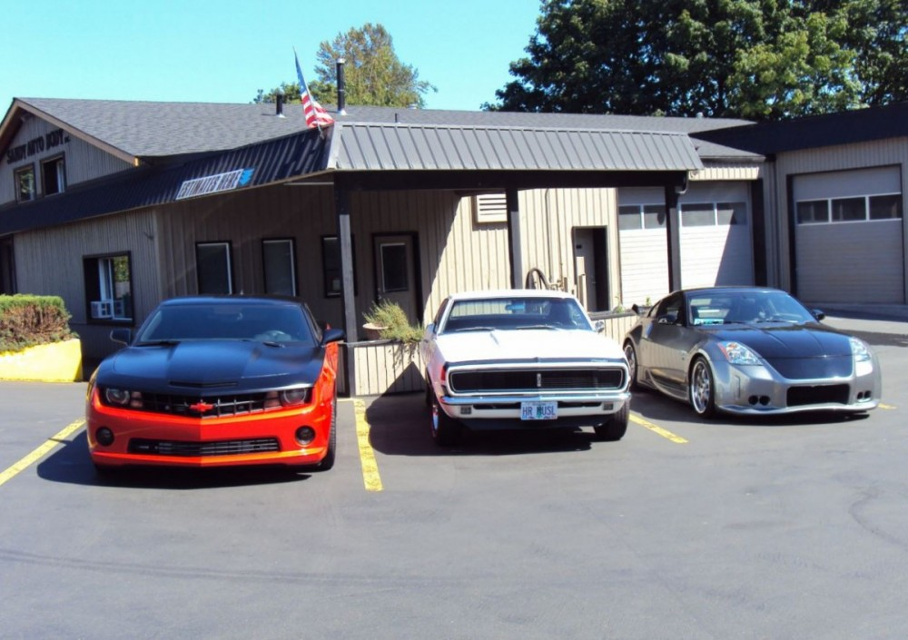 We are centrally located at Sandy, OR, 97055-8007 for our guest's convenience and are ready to assist you with your collision repair needs.