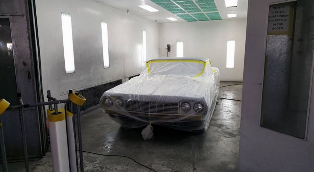 A clean and neat refinishing preparation area allows for a professional job to be done at Hollister Collision Center, Hollister, CA, 95023.