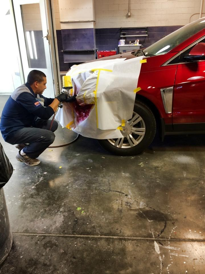 Collision Center Of Peoria