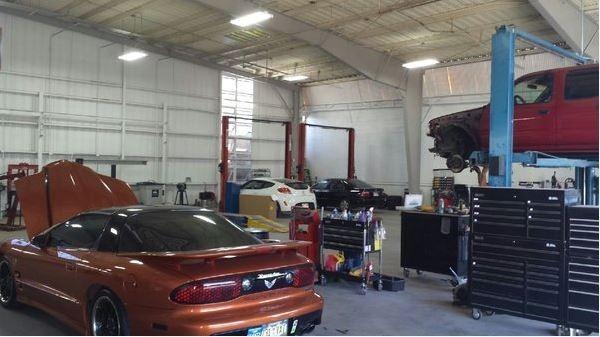 Auto World Specialists Lot Area Body Shop Collision Repair Paint Dent Honolulu Hawaii Mechanical Repair