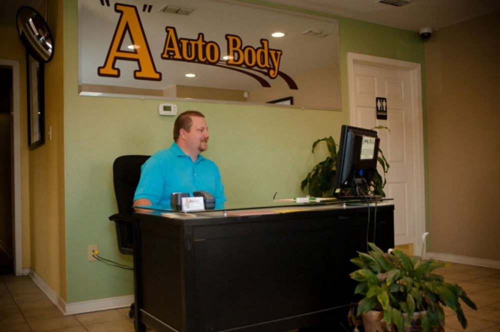 Our body shop's business office located at Midlothian, VA, 23112 is staffed with friendly and experienced personnel.