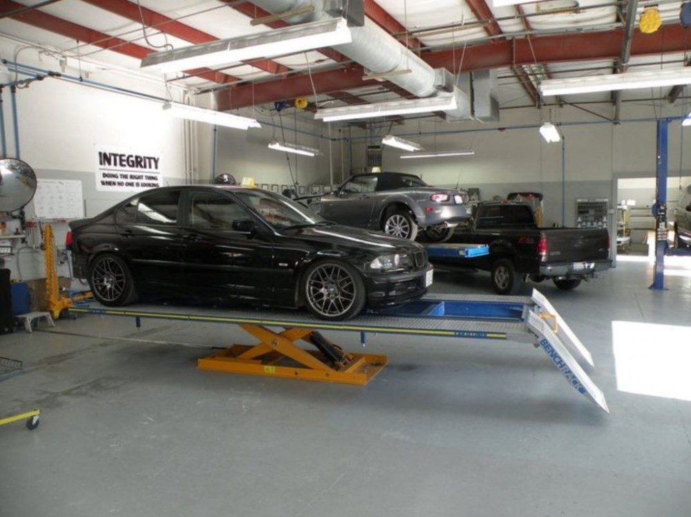 Collision structure and frame repairs are critical for a safe and high quality repair.  Here at Body Best Collision Center, Inc., in Sonoma, CA, 95476, our structure and frame technicians are I-CAR certified and have many years of experience.