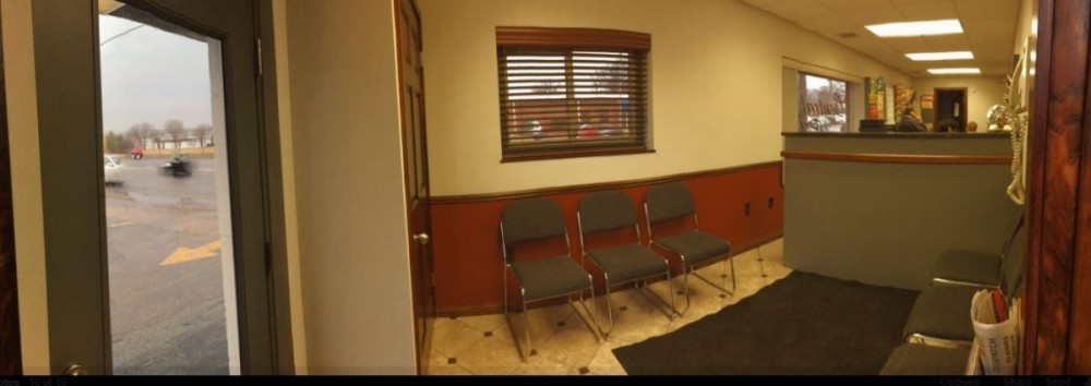 The waiting area at our body shop, located at Saint Louis, MO, 63143 is a comfortable and inviting place for our guests.