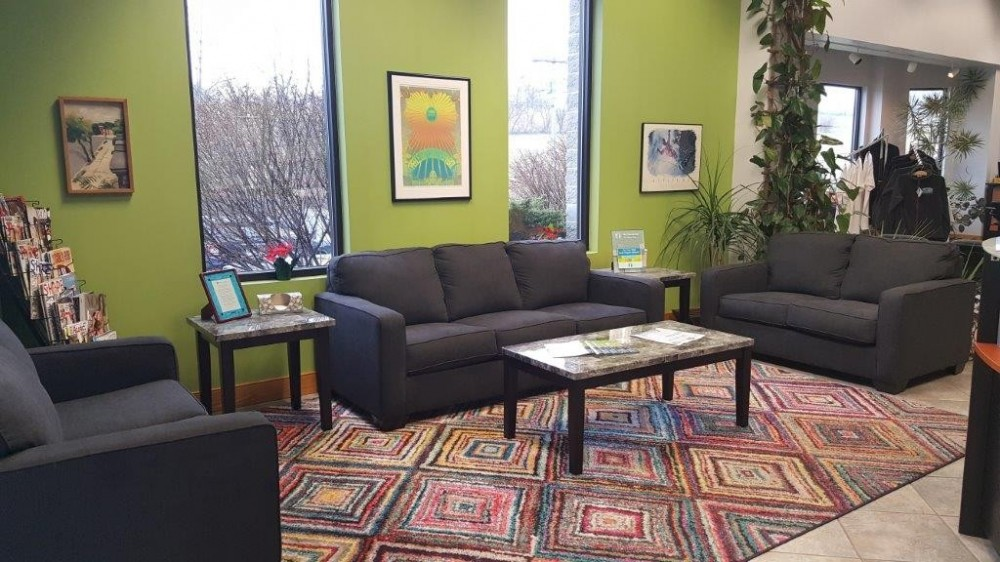 The waiting area at our body shop, located at Bellefonte, PA, 16823 is a comfortable and inviting place for our guests.