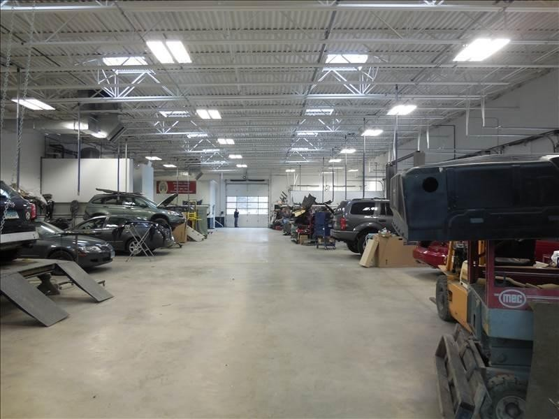 We are a high volume, high quality, Collision Repair Facility located at Vernon Rockville, CT, 06066. We are a professional Collision Repair Facility, repairing all makes and models.