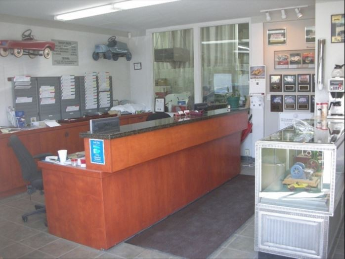 Our body shop's business office located at Palo Alto, CA, 94303 is staffed with friendly and experienced personnel.