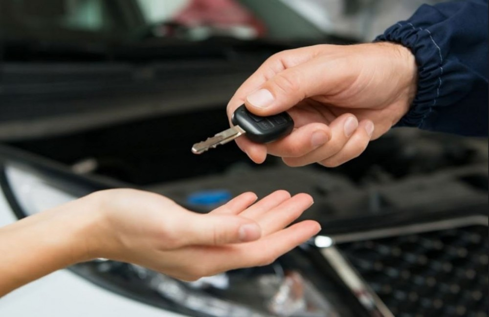 At Fix Auto Highlands Ranch, every completed vehicle is personally delivered back to the guest with a complete explanation of the repairs.  Questions are welcomed and addressed to make sure our guest is completely satisfied.