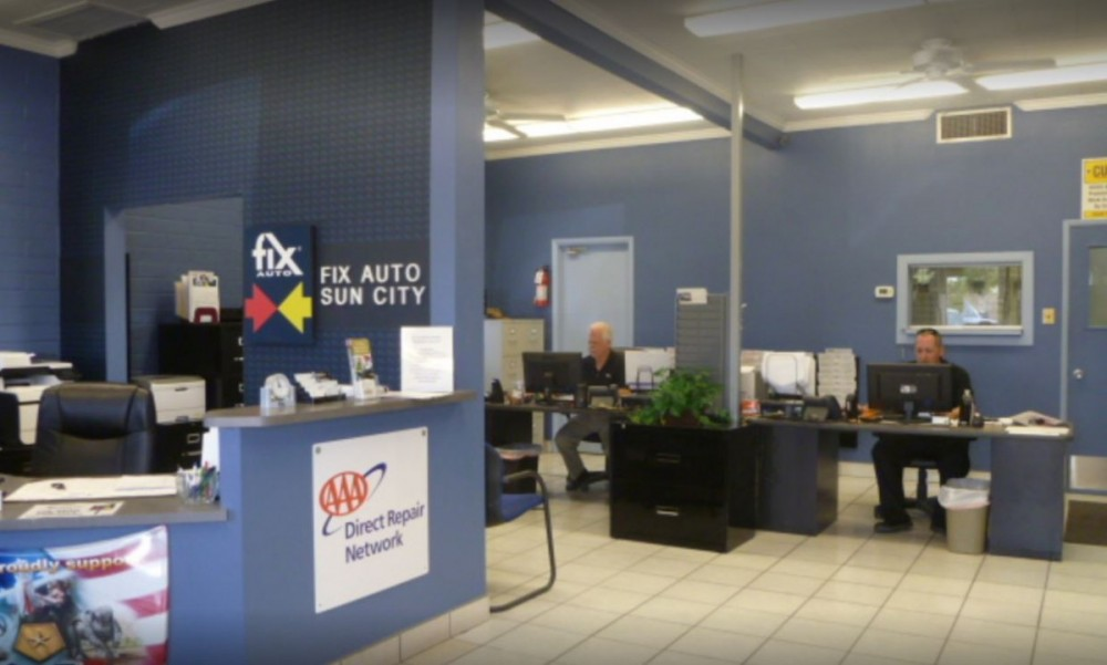 Our body shop's business office located at Sun City, AZ, 85351 is staffed with friendly and experienced personnel