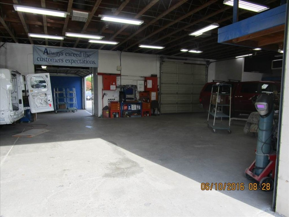 We are a state of the art Collision Repair Facility waiting to serve you, located at Santa Rosa, CA, 95403-7503