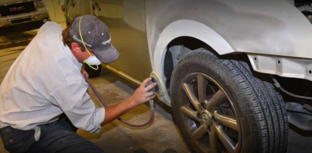 The color sand and buffing process is like putting the icing on a cake.  It just makes it better. These technicians are like jewelry polishers, they are an artist to their trade.  This process gives the vehicle's finish a mirror like feel and look.  At Fix Auto Phoenix, AZ, 85014, we have the best in our industry.