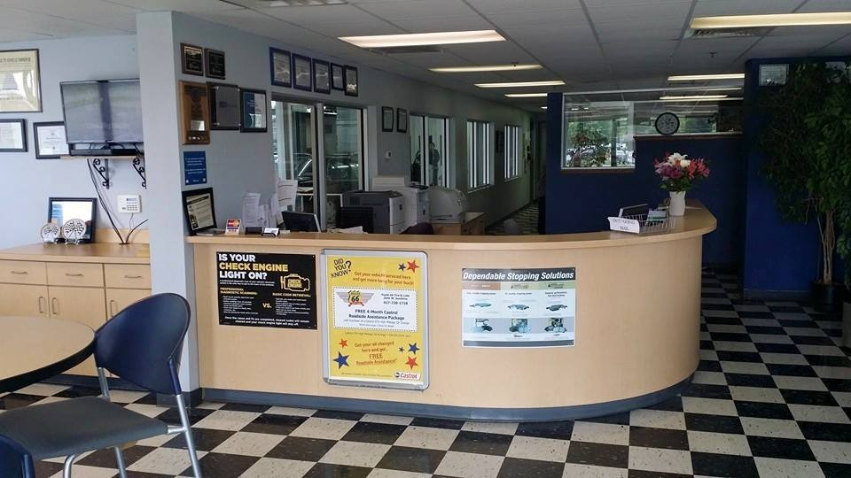 Our body shop's business office located at Springfield, MO, 65807 is staffed with friendly and experienced personnel.