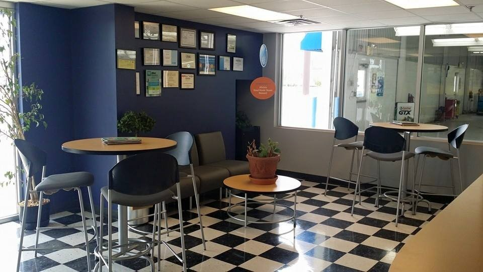 Here at Jordan Valley Auto Body Repair, Llc., Springfield, MO, 65807, we have a welcoming waiting room.