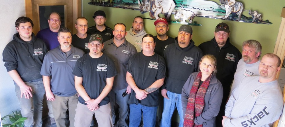 Our body shop's business office located at The Dalles, OR, 97058 is staffed with friendly and experienced personnel.