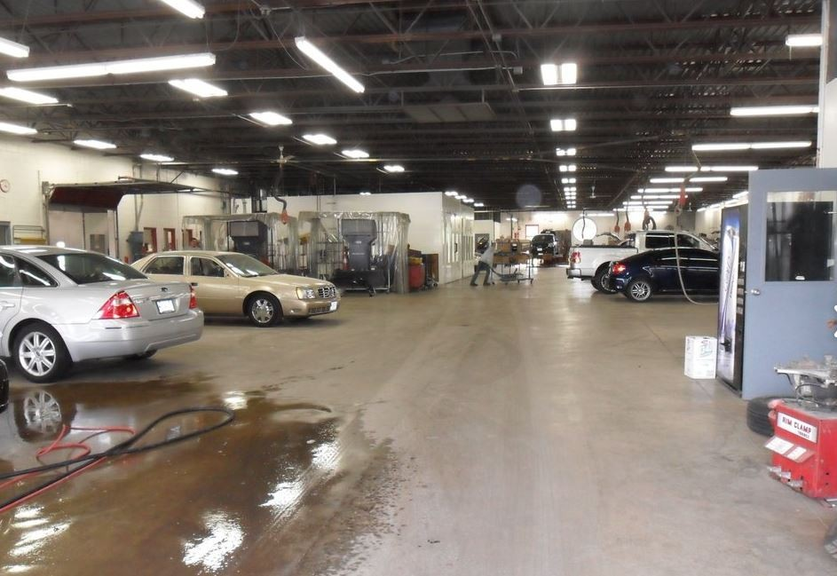 We are a professional quality, Collision Repair Facility located at St Louis, MO, 63123. We are highly trained for all your collision repair needs.