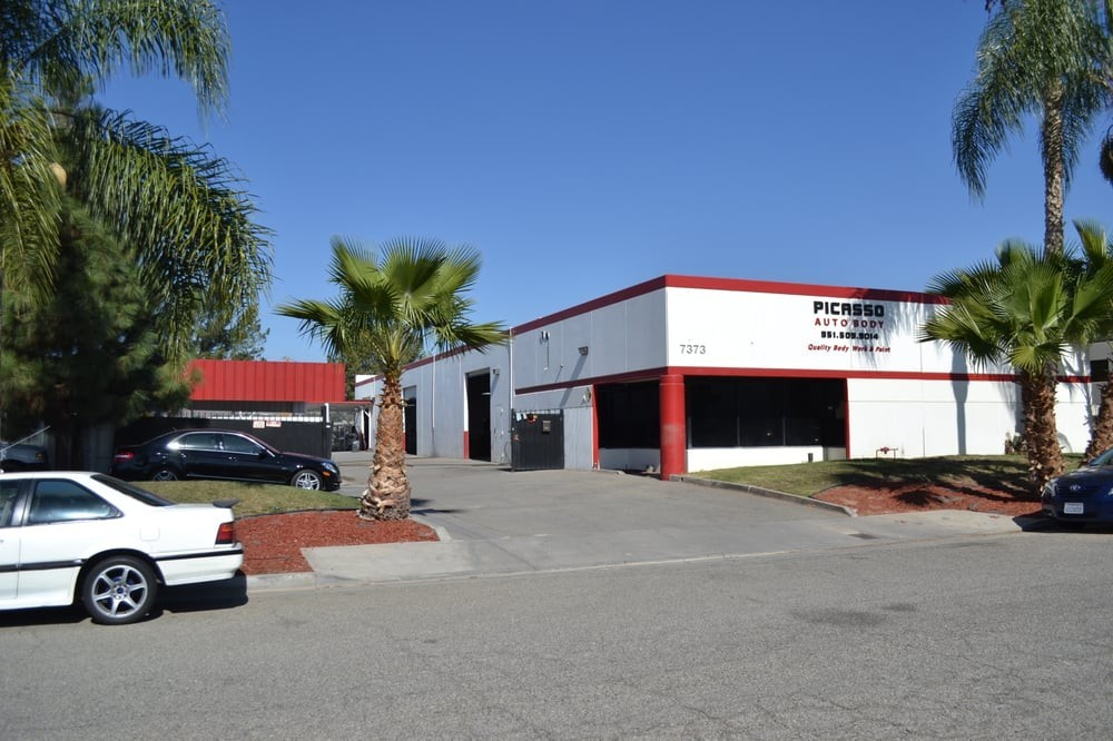 We are Centrally Located at Riverside, CA, 92504 for our guest's convenience and are ready to assist you with your collision repair needs.